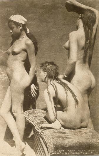 Naaktgroepstaanda (167k image)
